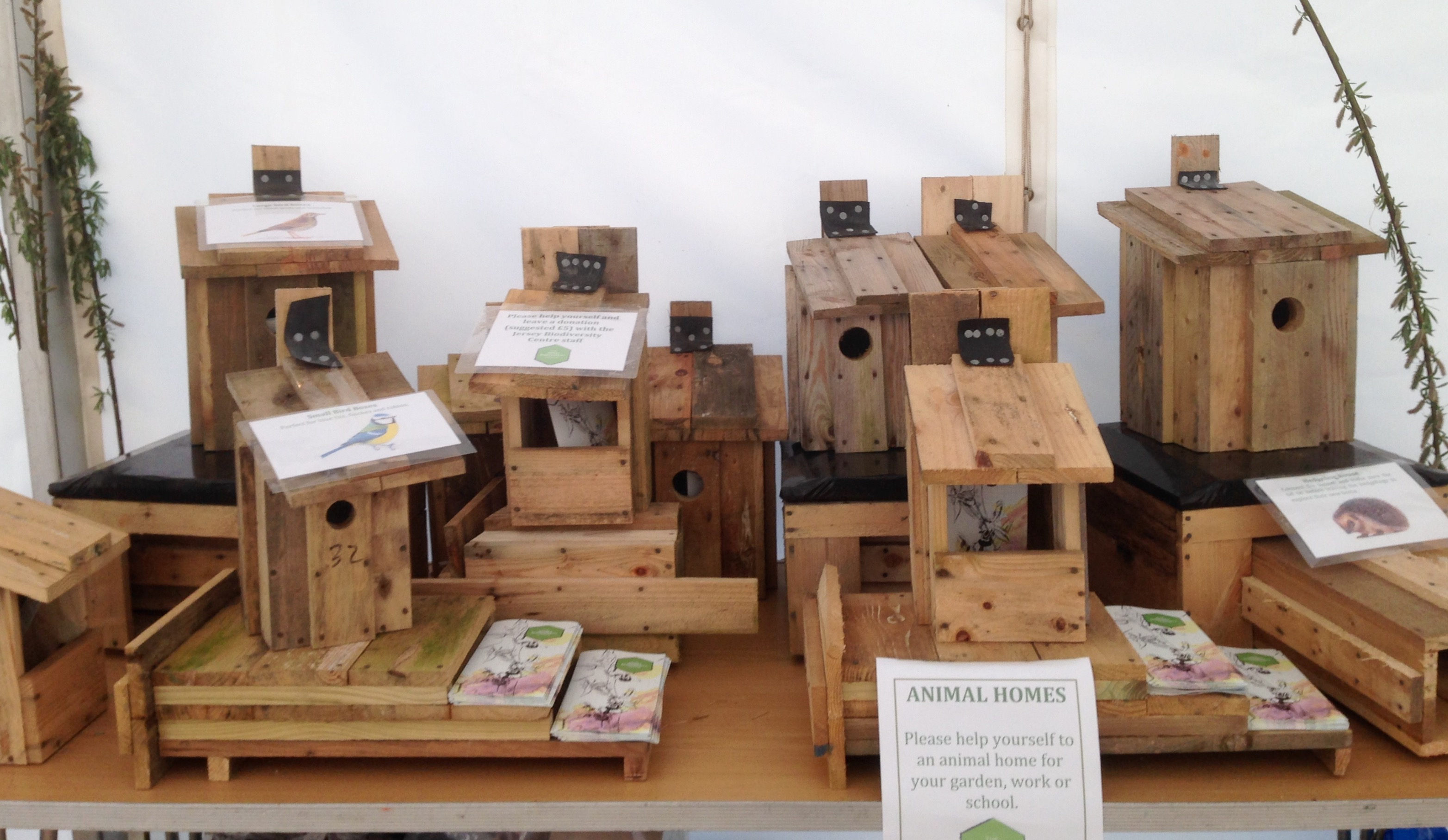 animal homes boxes